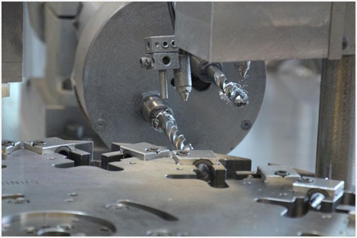 Mechanische Bearbeitung Binici